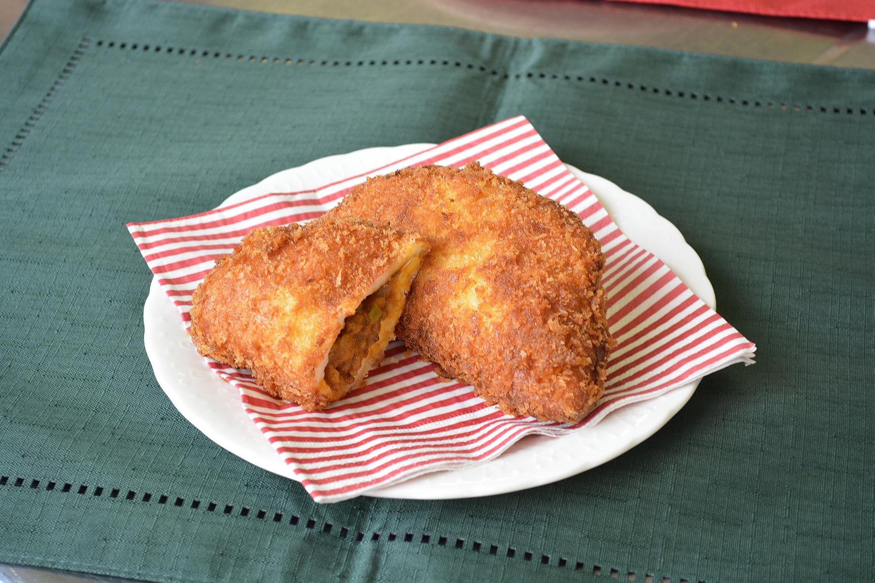 米粉のカレーパン