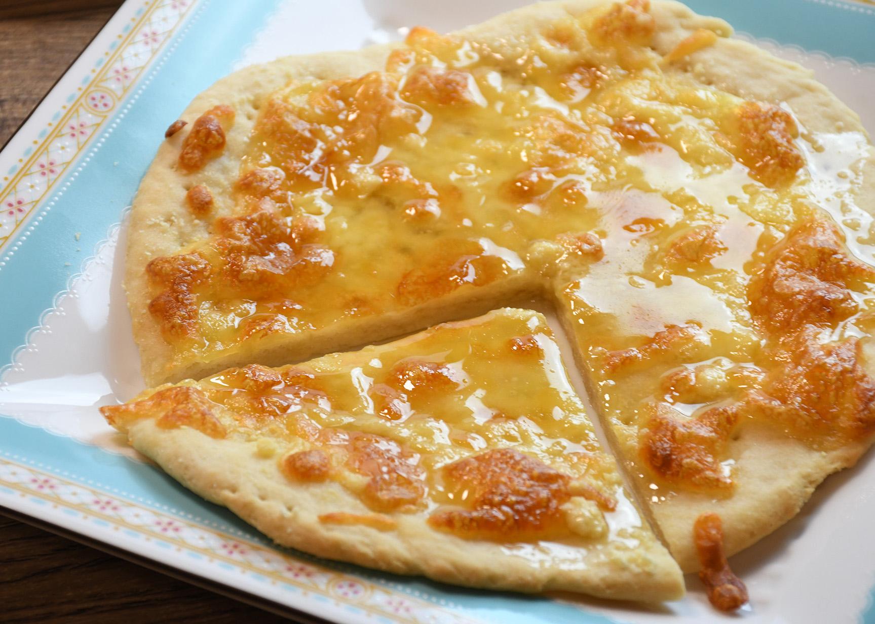 こめ粉のデザートピザ